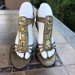 New York Transit Gold Heeled Sandals